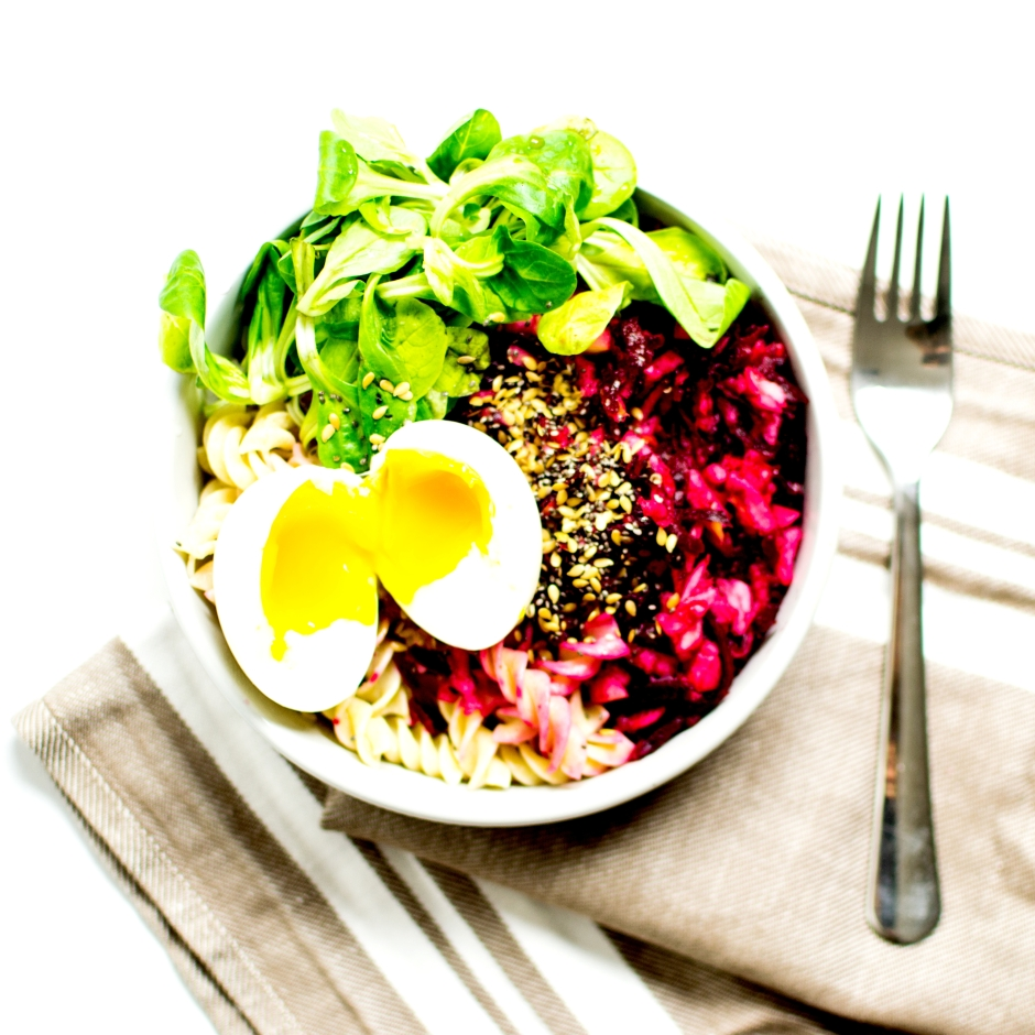 salade tiède fusilli betterave pommes oeuf 3