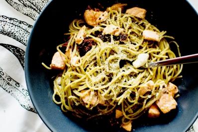 spaghetti au saumon feta et tomates séchées 4