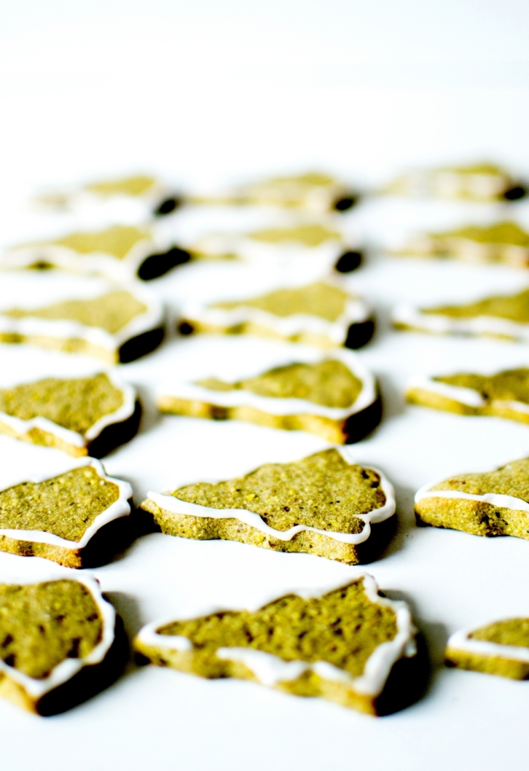 bredele matcha pistaches 1