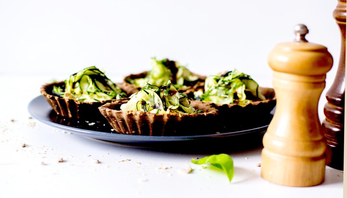 Tartelettes - Duo de Courgettes & fromage frais - Pâte Sarrasin & Sésame