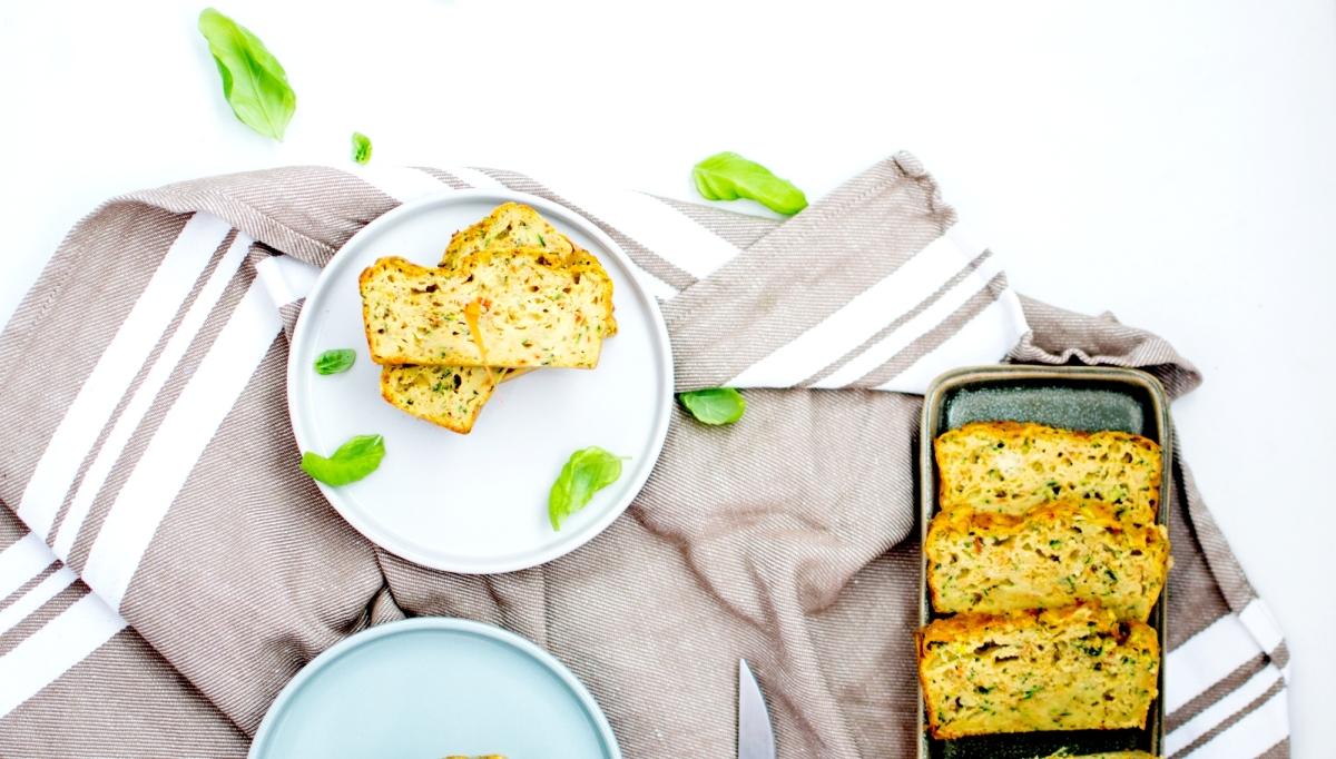 Cake salé - Courgettes & Pesto de Tomates séchées