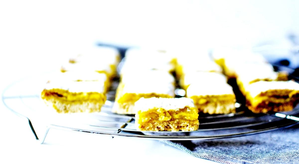 Lemon & Sesame Barrs - Carrés au Citron et Sésame