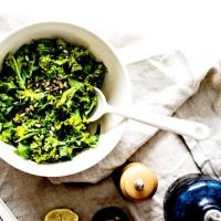 Salade de Chou Kale mariné - Citron & Herbes