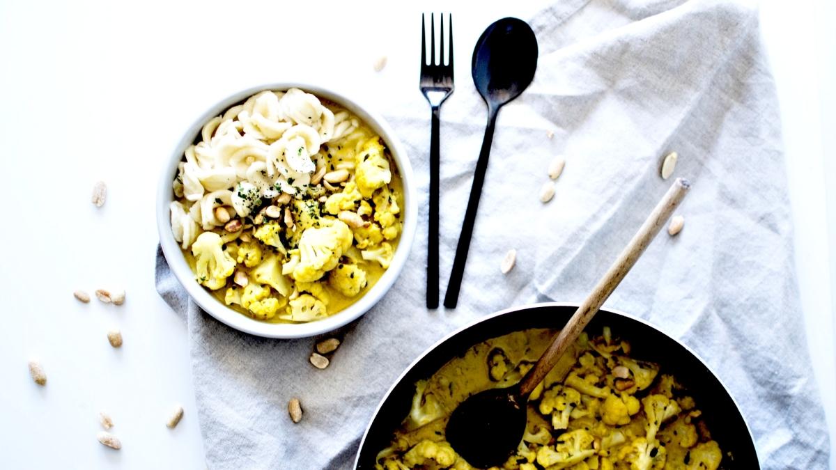 Chou fleur à l'indienne et aux cacahuètes