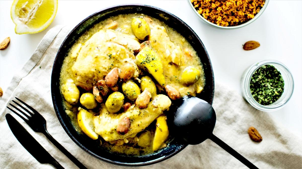 Tajine de Poulet - Citron, Amandes et Olives