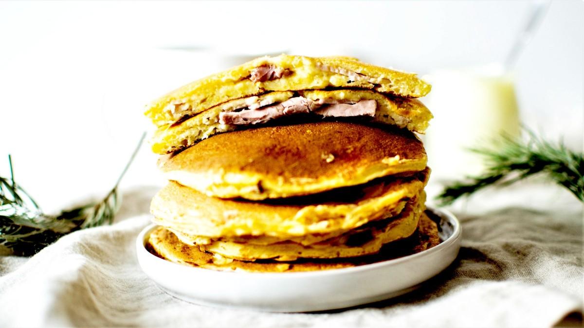 Pancakes salés - Fourrés au jambon et au fromage