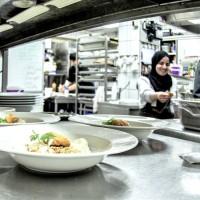 Stamtish - Réseau solidaire et gourmand pour les chefs et cheffes réfugié-e-s d'Alsace