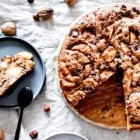 Gâteau fondant - aux pommes & fruits à coque
